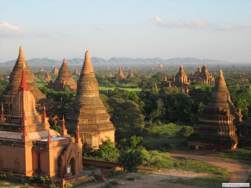 field of 4400 temples - bagan, Myanmar