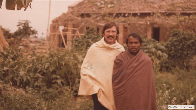 jim and juel in village